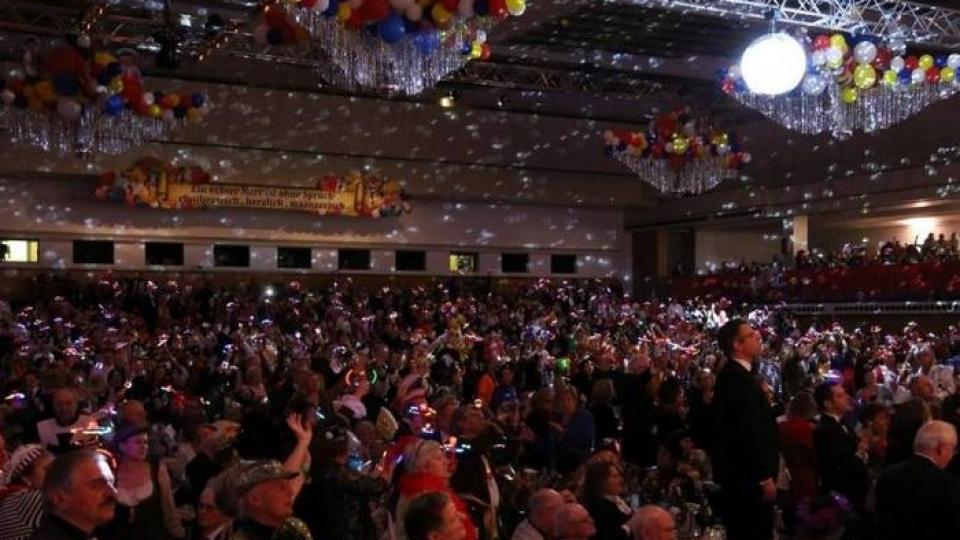 Sanierung der Mainzer Rheingoldhalle: 2019 mehr Fastnachtssitzungen in kleinerem Saal (AZ, 12.01.18)