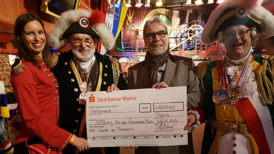 """4000 € für die Stiftung """"Kinder.Gesundheit.Mainz"""""""